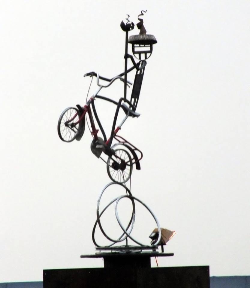 Cha Môkeur/Sculpture métal & live